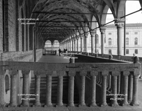 AAC-F-007468-0000 - Padova 0103 BN Piazza delle Erbe Palazzo della Ragione