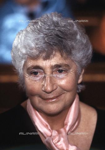AAE-S-112310-2506 - Susanna Agnelli (1922-2009) - © ANSA su licenza Archivi Fratelli ALINARI, TECNAVIA
