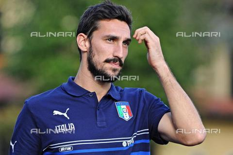 AAE-S-450449-3572 - Italian defender Davide Astori (1987-2018) during a training session at the Coverciano sports center in Florence - Data dello scatto: 05/10/2015 - Maurizio Degli Innocenti / © ANSA under licence Archivi Fratelli ALINARI