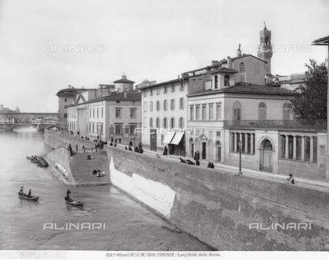 ACA-F-002516-0000 - The Lungarno Generale Diaz, formerly Lungarno della Borsa, in Florence, seen from ponte alle Grazie