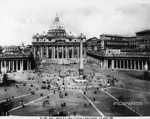 ACA-F-005897-0000 - View of the Piazza San Pietro in Rome with the church of Saint Peters.