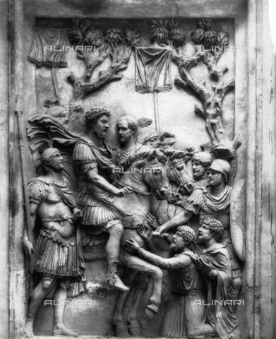 ACA-F-006045-0000 - Submission of the Barbarians to Marcus Aurelius, marble relief from the Church of Santa Martina, Roman civilization, 161-80, Capitoline Museums, Rome - Data dello scatto: 1890 ca. - Archivi Alinari, Firenze
