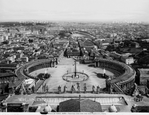 ACA-F-006962-0000 - Panoramic view of Rome, with St.Peter's Square and Spina di Borgo (before the construction of the Via Reconciliation), taken from the dome of St. Peter