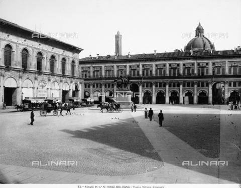 ACA-F-010682-0000 - Piazza Vittorio Emanuele, now Piazza Maggiore, in Bologna