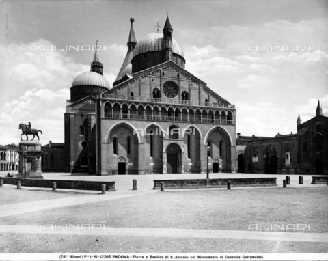 "ACA-F-012202-0000 - St. Anthony's Basilica,  also known as ""Basilica Del Santo,"" Padua"