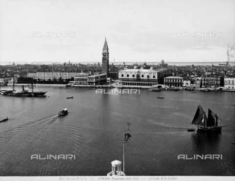 ACA-F-012621-0000 - Panoramic view of the city of Venice from the Island of San Giorgio