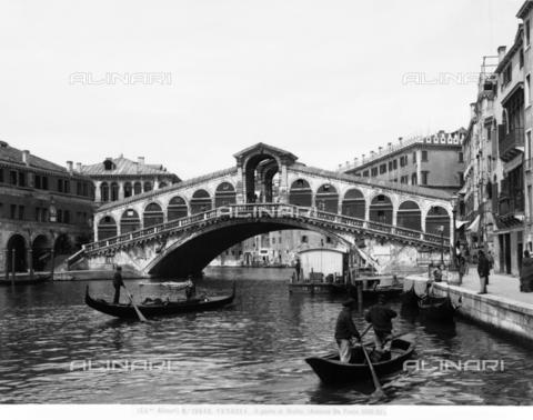 ACA-F-012640-0000 - Rialto Bridge, Venice