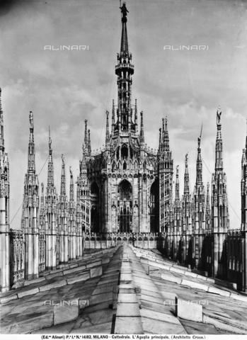 ACA-F-014182-0000 - Base of the cupola, Cathedral, Milan
