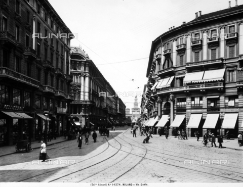 ACA-F-014274-0000 - View of Via Dante in Milan. In the background is Sforzesco Castle.