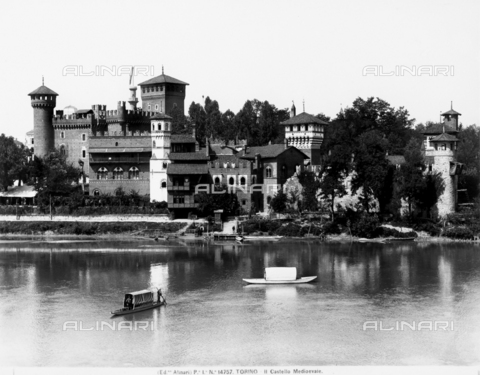 ACA-F-014757-0000 - View of the medieval castle of Turin