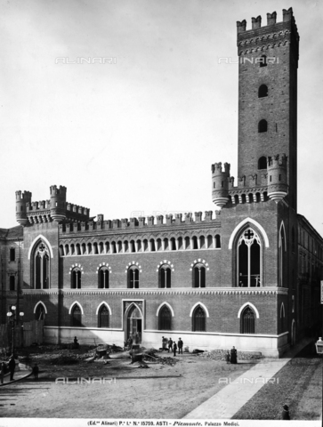 ACA-F-015759-0000 - Comentini Palace with the medieval tower named San Bernardino at Asti - Date of photography: 1900-1905 ca. - Alinari Archives-Alinari Archive, Florence