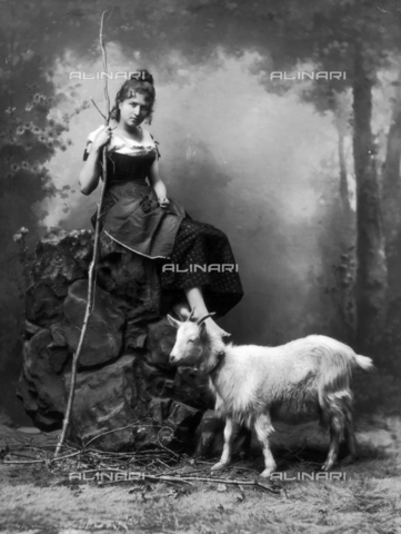 ACA-F-016210-0000 - A goat with his shepherdess