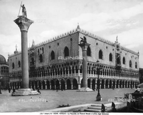 ACA-F-018269-0000 - Palazzo Ducale (Doge's Palace), Venice