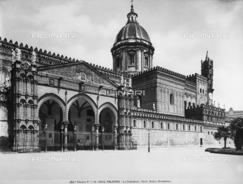ACA-F-019503-0000 - Portico, Cathedral, Palermo