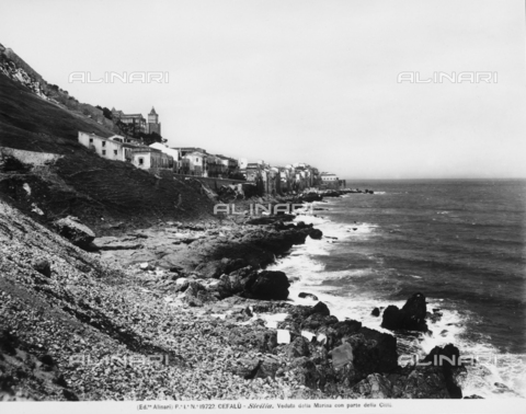 ACA-F-019722-0000 - View of the coastline and the city of Cefalù