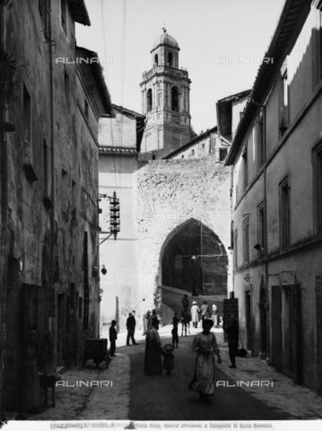 ACA-F-021421-0000 - Largo di Porta Pesa in Perugia