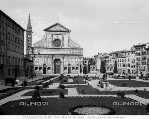 ACA-F-02269A-0000 - Piazza Santa Maria Novella with the garden