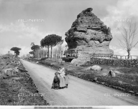 ACA-F-028827-0000 - Pyramidal Tomb, Via Appia Antica, Rome