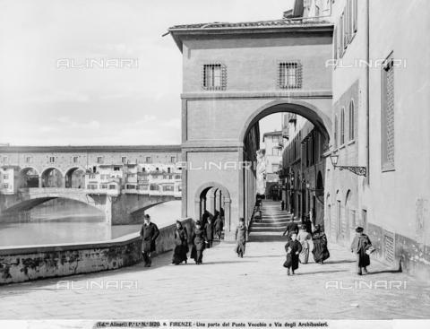 ACA-F-03120A-0000 - Vasarian Corridor, Florence