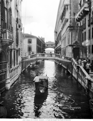 ACA-F-032030-0000 - Bridge of Sighs, Venice