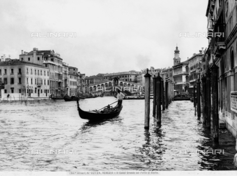 ACA-F-032124-0000 - View of the Grand Canal with the Rialto Bridge in Venice