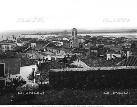 ACA-F-032552-0000 - Panorama of the city of Carloforte, capital of the island of San Pietro, with a view of the port in the background, Sardinia