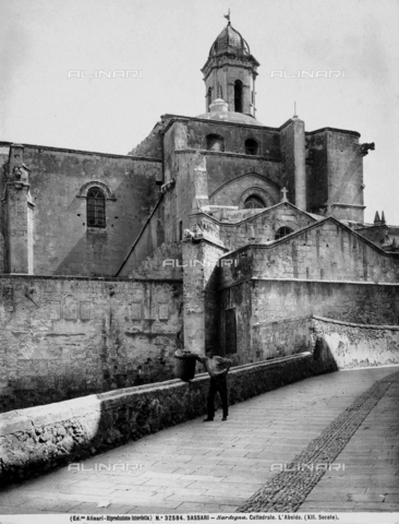 ACA-F-032584-0000 - Cathedral of San Nicola, side, Sassari.