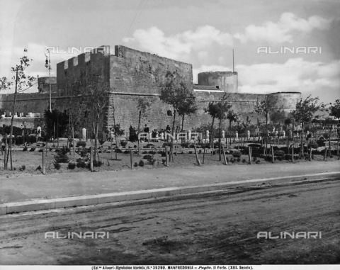 ACA-F-035290-0000 - Castle of Manfredonia.