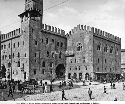 ACA-F-037766-0000 - Palazzo of King Enzo, Bologna