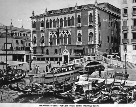 ACA-F-038923-0000 - Hotel Danieli, formerly Palazzo Dandolo, on the Schiavoni shore, Venice