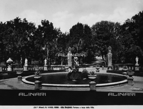 ACA-F-041002-0000 - A fountain in the garden of Villa Borghese, Rome
