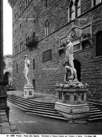 ACA-F-044236-0000 - Hercules and Cacus, Piazza della Signoria, Florence