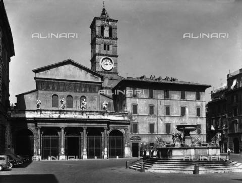 ACA-F-054305-0000 - Facade, basilica of Saint Maria in Trastevere, Rome