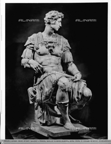 ACA-F-055677-0000 - Statue of Giuliano de'Medici, monument to Giuliano de'Medici, Duke of Nemours, New Sacristy, Medici Chapel, Basilica of San Lorenzo, Florence