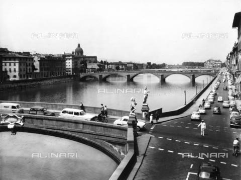 ACA-F-055833-0000 - Ponte Santa Trinita, Florence