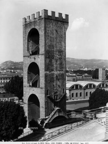 ACA-F-055835-0000 - The Porta San Niccolò, in Piazza Giuseppe Poggia, Florence