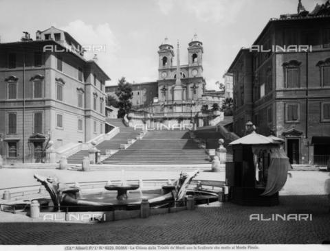ACA-F-06229V-0000 - Barcaccia Fountain, Piazza di Spagna, Rome