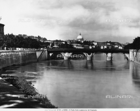 ACA-F-06761A-0000 - View of the Janiculum Hill and the Sixtus Bridge, in Rome