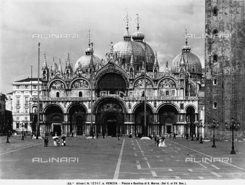 ACA-F-12347A-0000 - St. Mark's Basilica, Venice
