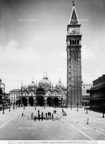 ACA-F-12347B-0000 - St. Mark's Basilica, Venice