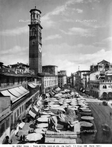 ACA-F-12729A-0000 - Piazza delle Erbe in Verona with the market