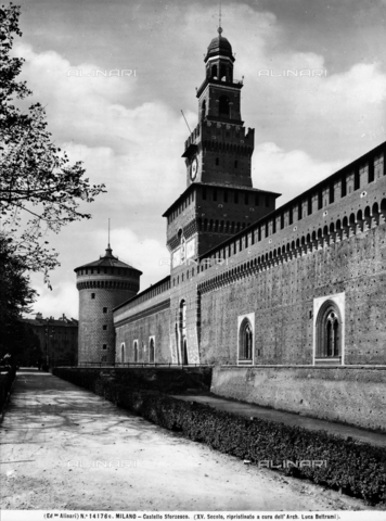 ACA-F-14176C-0000 - Tower dedicated to Umberto I, known as the Torre del Filarete, Castello Sforzesco, Milan