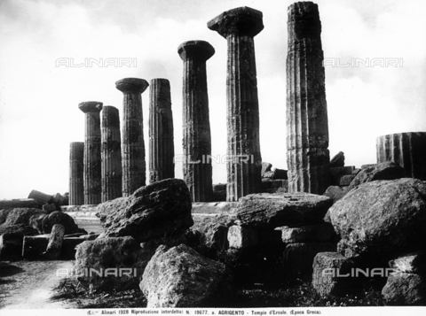 ACA-F-19677A-0000 - Temple of Hercules, Valley of the Temples, Agrigento