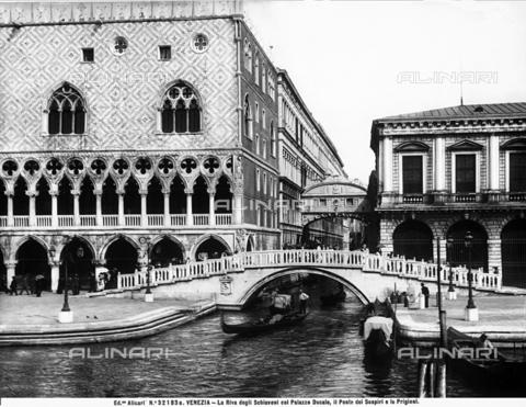 ACA-F-32183A-0000 - Ponte della Paglia, Venice