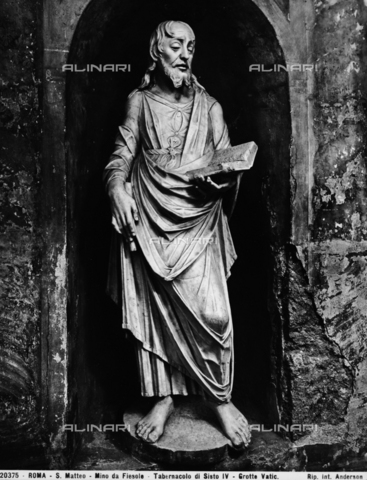 ADA-F-020375-0000 - St. Matthew, detail of the Tabernacle of Sixtus IV, marble, Mino da Fiesole (1429-1484), Vatican Grottoes, St. Peter's Basilica, Vatican City - Date of photography: 1920 - Alinari Archives-Anderson Archive, Florence