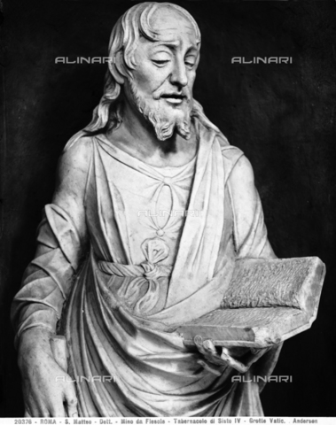 ADA-F-020376-0000 - St. Matthew, detail of the Tabernacle of Sixtus IV, marble, Mino da Fiesole (1429-1484), Vatican Grottoes, St. Peter's Basilica, Vatican City - Date of photography: 1920 - Alinari Archives-Anderson Archive, Florence
