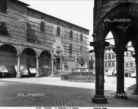 ADA-F-022120-0000 - Fontana Maggiore, Piazza IV Novembre, Perugia