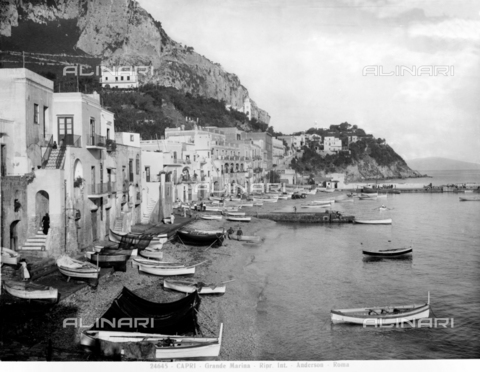 ADA-F-024645-0000 - View of the Grande Marina, Capri