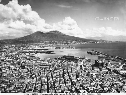 ADA-F-025596-0000 - Veduta della città di Napoli