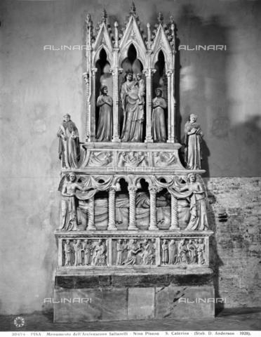 ADA-F-028474-0000 - Sepulchral monument of the bishop of Pisa Simone Saltarelli, marble, Nino Pisano (1315-1370 ca.), Church of Santa Caterina, Pisa - Date of photography: 1928 - Alinari Archives-Anderson Archive, Florence